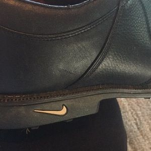 NIKE men's leather GOLF shoes. Size 12